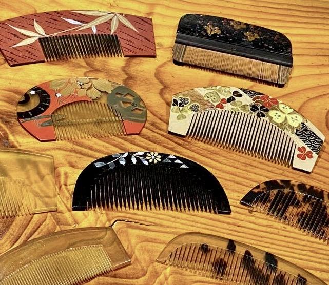 Kanzashi-hiusneulat ja -koristeet